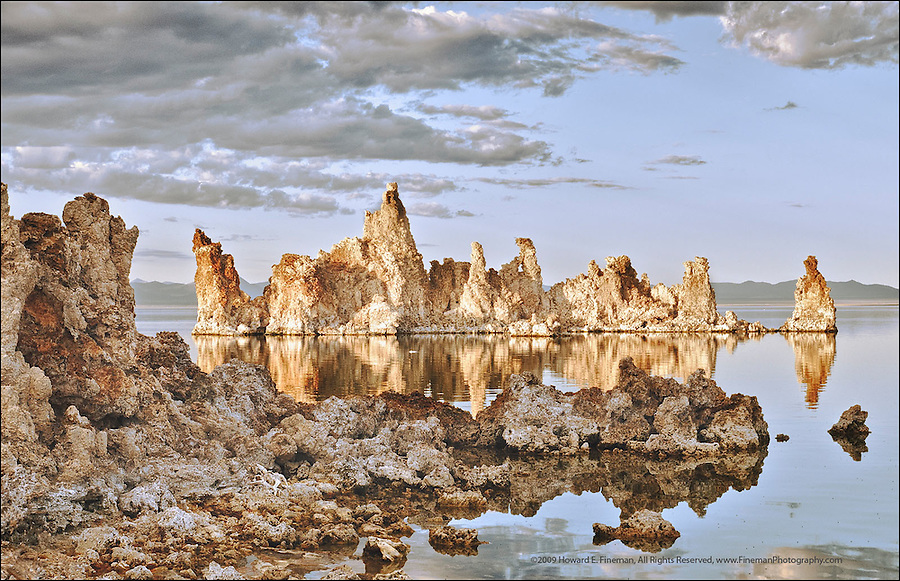 Sunset at South Tufa Grove, Mono Lake. The quickly changing light painted the offshore tufa towers with a warm glow while shadowing those onshore.
