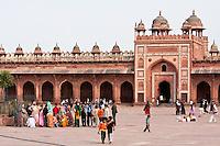 Fatehpur Sikri, Uttar Pradesh, India.  Shahi Darwaza (Eastern Gate) of the Jama Masjid (Dargah Mosque).
