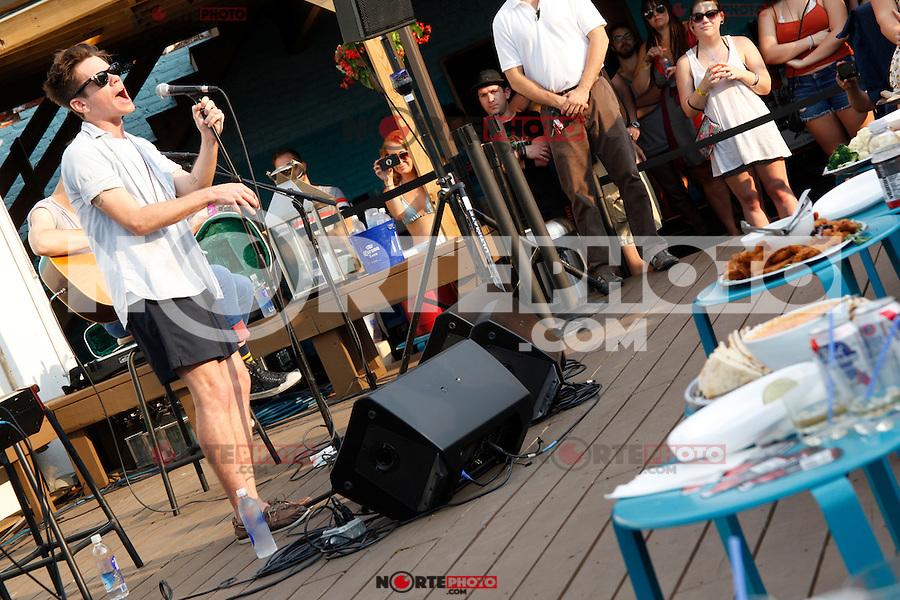 PHILADELPHIA, PA - AUGUST 2, 2012: fun. pictured at North Shore Beach Club in Philadelphia, Pa on August 2, 2012. © Star Shooter / MediaPunch Inc. /NortePhoto.com<br /> <br /> **SOLO*VENTA*EN*MEXICO**<br /> **CREDITO*OBLIGATORIO** <br /> *No*Venta*A*Terceros*<br /> *No*Sale*So*third*<br /> *** No Se Permite Hacer Archivo**<br /> *No*Sale*So*third*