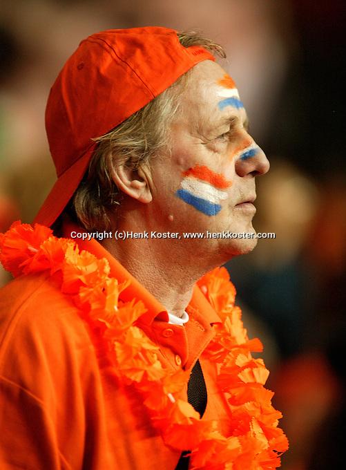 10-2-06, Netherlands, tennis, Amsterdam, Daviscup.Netherlands Russia, Dutch supporter