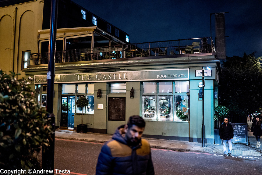 UK. London. 4th December 2015<br /> The Castle Pub in Islington where the robbers met to discuss their crime.<br /> Andrew Testa for the New York Times