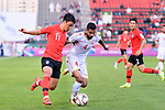 Hwang Heechan of South Korea (L) fights for the ball with Sayed Dhiya Saeed of Bahrain (R) during the AFC Asian Cup UAE 2019 Round of 16 match between South Korea (KOR) and Bahrain (BHR) at Rashid Stadium on 22 January 2019 in Dubai, United Arab Emirates. Photo by Marcio Rodrigo Machado / Power Sport Images
