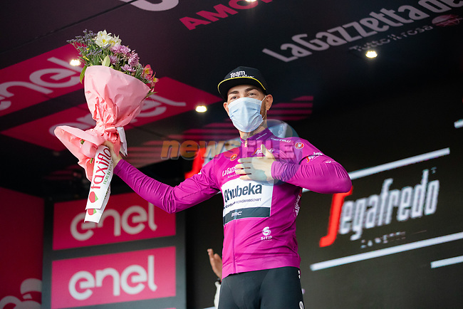Giacomo Nizzolo (ITA) Team Qhubeka Assos takes over the Maglia Ciclamino at the end of Stage 5 of the 2021 Giro d'Italia, running 177km from Modena to Cattolica, Italy. 12th May 2021.  <br /> Picture: LaPresse/Alessandro Bremec | Cyclefile<br /> <br /> All photos usage must carry mandatory copyright credit (© Cyclefile | LaPresse/Alessandro Bremec)