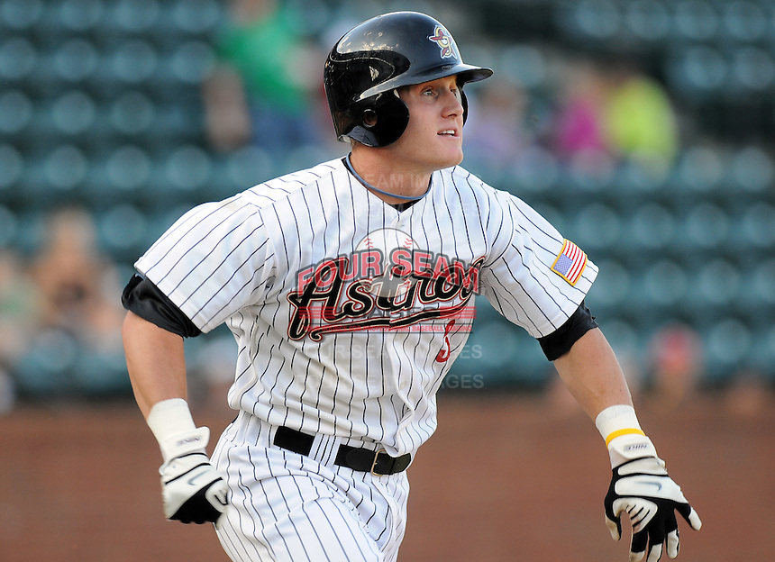 August 2, 2009: Outfielder Grant Hogue (3) of the Greeneville Astros, rookie Appalachian League affiliate of the Houston Astros, in a game at at Pioneer Park in Greeneville, Tenn. Photo by:  Tom Priddy/Four Seam Images