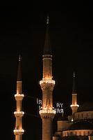 Türkei, Sultanahmet Moschee in Istanbul = Sultanahmet Camii = Blaue Moschee, erbaut 1609-1615 von Mehmet Aga, ein Schüler von Sinan , UNESCO-Weltkulturerbe