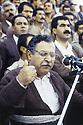 Irak 1991   Meeting au stade d'Erbil: le discours de Jalal Talabani  Iraq 1991  Jalal Talabani's meeting in Erbil stadium