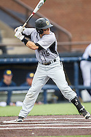 Oakland Golden Grizzlies second baseman Ian Yetsko (16) at bat against the Michigan Wolverines on May 17, 2016 at Ray Fisher Stadium in Ann Arbor, Michigan. Oakland defeated Michigan 6-5 in 10 innings. (Andrew Woolley/Four Seam Images)