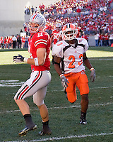 07 October 2006: Ohio State wide receiver Anthony Gonzalez (11)..The Ohio State Buckeyes defeated the Bowling Green Falcons 35-7 on October 7, 2006 at Ohio Stadium, Columbus, Ohio.