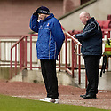 20040417    Copyright Pic: James Stewart.File Name : jspa13_clyde_v_raith.CLYDE MANAGER ALAN KERNAGHAN....James Stewart Photo Agency 19 Carronlea Drive, Falkirk. FK2 8DN      Vat Reg No. 607 6932 25.Office     : +44 (0)1324 570906     .Mobile  : +44 (0)7721 416997.Fax         :  +44 (0)1324 570906.E-mail  :  jim@jspa.co.uk.If you require further information then contact Jim Stewart on any of the numbers above.........
