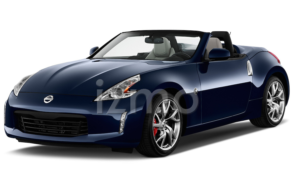 Front three quarter view of a .2017 Nissan 370Z AT Roadster