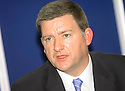 20040514    Copyright Pic: James Stewart.File Name : jspa03_hilary_crowley.HILARY CROWLEY PRESS CONFERENCE......DETECTIVE INSPECTOR GRAHAM BYE, CENTRAL SCOTLAND POLICE, WHO IS HEADING UP THE INQUIRY INTO THE DEATH OF HILARY CROWLEY FROM STIRLING....James Stewart Photo Agency 19 Carronlea Drive, Falkirk. FK2 8DN      Vat Reg No. 607 6932 25.Office     : +44 (0)1324 570906     .Mobile  : +44 (0)7721 416997.Fax         :  +44 (0)1324 570906.E-mail  :  jim@jspa.co.uk.If you require further information then contact Jim Stewart on any of the numbers above.........