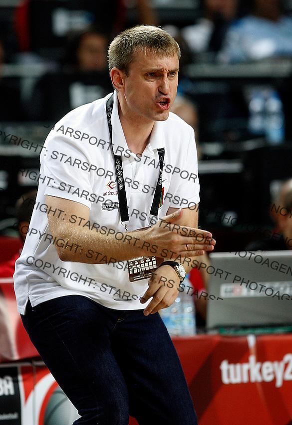 Kestutis KEMZURA (Lithuania) head coach, reacts during the 3rd Place World championship basketball match against Serbia in Istanbul, Serbia-Lithuania, Turkey on Sunday, Sep. 12, 2010. (Novak Djurovic/Starsportphoto.com) .