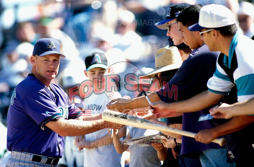 Matt Williams of the Arizona Diamondbacks participates in a Major League Baseball game at Dodger Stadium during the 1998 season in Los Angeles, California. (Larry Goren/Four Seam Images)