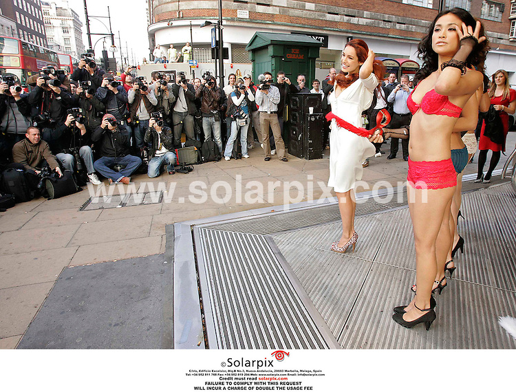 ALL-ROUND PICTURES FROM SOLARPIX.COM .**NO PUBLICATION IN FRANCE, SCANDANAVIA, AUSTRALIA AND GERMANY** NO UK NEWSPAPER PUBLICATION - UK MAGAZINES ONLY**.*MUST CREDIT SOLARPIX.COM OR DOUBLE USAGE FEE* .Kelly Brook launched her new range of Lingerie today at the New Look store in Londons Oxford St,.REF: 2923 SFE.