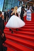Colin Farrell and Nicole Kidman sur le tapis rouge pour la projection du film MISE A MORT DU CERF SACRE lors du soixante-dixième (70ème) Festival du Film à Cannes, Palais des Festivals et des Congres, Cannes, Sud de la France, lundi 22 mai 2017. Philippe FARJON / VISUAL Press Agency