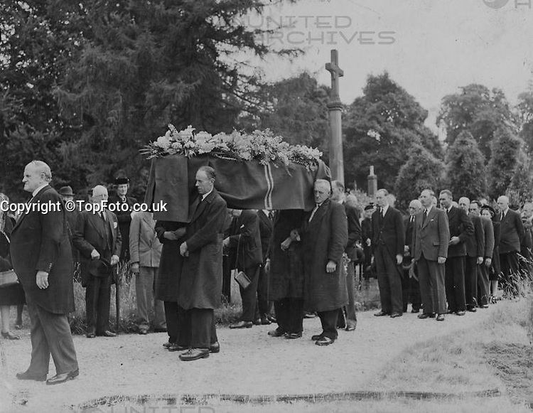 Viscount Bennett, former Prime Minister of Canada, known as the Empire builder, was buried at St Michaels, picturesque 14th century parish church of Mickelham, Surrey, yesterday, a few yards from the drive of the house where he lived in his retirement. The service was conducted by the Bishop of Guildford - Dr J. Macmillan. <br /> Picture shows: The cortege passing through the churchyard to the small church of St Michaels for the funeral service yesterday.<br /> 1 July 1947