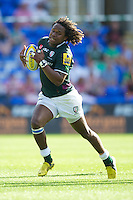 Marland Yarde of London Irish in action during the Aviva Premiership match between London Irish and Gloucester Rugby at the Madejski Stadium on Saturday 8th September 2012 (Photo by Rob Munro)
