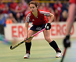 GER - Luebeck, Germany, February 06: During the 1. Bundesliga Damen indoor hockey semi final match at the Final 4 between Berliner HC (blue) and Duesseldorfer HC (red) on February 6, 2016 at Hansehalle Luebeck in Luebeck, Germany. Final score 1-3 (HT 0-1). (Photo by Dirk Markgraf / www.265-images.com) *** Local caption *** Tessa-Margot Schubert #28 of Duesseldorfer HC