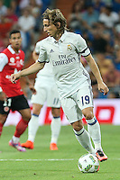 Real Madrid's Luca Modric during the XXXVII Bernabeu trophy between Real Madrid and Stade de Reims at the Santiago Bernabeu Stadium. August 15, 2016. (ALTERPHOTOS/Rodrigo Jimenez) /NORTEPHOTO