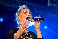 Hollie Smith performing at Jim Beam Homegrown, Wellington Waterfront, New Zealand on Saturday 7 April 2018.<br /> Photo by Masanori Udagawa. <br /> www.photowellington.photoshelter.com