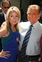 Kelly Ripa and Regis Philbin,  5-31-2007, Photo By John Barrett/PHOTOlink