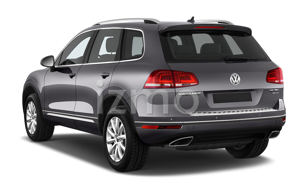 Car pictures of rear three quarter view of a 2015 Volkswagen Touareg Bluemotion 5 Door SUV Angular Rear