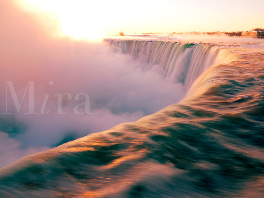Canada, Ontario, Niagara Falls at sunrise