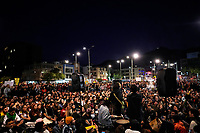 BOGOTA - COLOMBIA, 24-11-2019: Miles de manifestantes salieron a las calles de Bogotá para unirse a la cuarta jornada de paro Nacional en Colombia hoy, 24 de noviembre de 2019. La jornada Nacional es convocada para rechazar el mal gobierno y las decisiones que vulneran los derechos de los Colombianos. / Thousands of protesters took to the streets of Bogota to join the fourth National Strike day in Colombia today, November 24, 2019. The National Strike is convened to reject bad government and decisions that violate the rights of Colombians. Photo: VizzorImage / Diego Cuevas / Cont