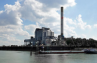 Nederland  Nijmegen  - September 2020.    De Elektriciteitscentrale Gelderland was een kolen-/biomassa-gestookte elektriciteitscentrale. De centrale is eigendom van de Franse multinational Engie (voor 2012 Electrabel). De centrale is stilgelegd en wordt ontmanteld.   Foto : ANP/ Hollandse Hoogte / Berlinda van Dam