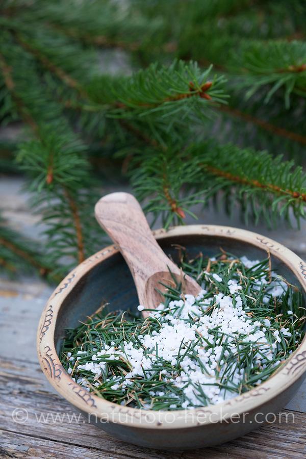Fichtennadel-Salz, Fichtennadelsalz, Fichten-Salz gemischt mit Fichtennadeln, Kräutersalz, Badesalz, Fichtennadeln, Nadeln, spruce needle, spruce needles, herb salt, herbal salt, salt, bath salt, Gewöhnliche Fichte, Fichte, Rot-Fichte, Rotfichte, Picea abies, Common Spruce, Spruce, Norway spruce, L'Épicéa, Épicéa commun