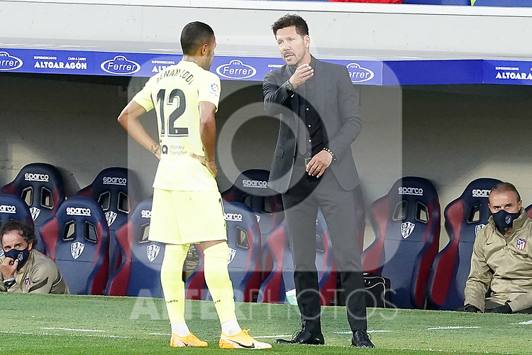 Atletico de Madrid's coach Diego Pablo Cholo Simeone (r) with Renan Lodi during La Liga match. September 30,2020. (ALTERPHOTOS/Acero)