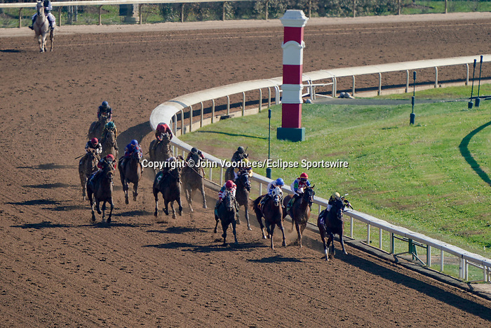 November 6, 2020: Horses race during Thoroughbred Aftercare Alliance Stakes on Breeders' Cup Championship Friday at Keeneland on November 6, 2020: in Lexington, Kentucky. John Voorhees/Eclipse Sportswire/Breeders Cup/CSM