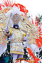 Cedric Givens reigns as Zulu king, 2013