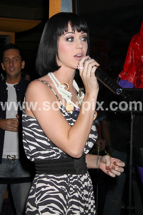 **ALL ROUND PICTURES FROM SOLARPIX.COM**.**SYNDICATION RIGHTS FOR UK, SPAIN, PORTUGAL, AUSTRALIA, S.AFRICA & DUBAI (U.A.E) ONLY**.Katy Perry unveils her special case dedication, which includes one of her stage outfits at the Hard Rock Hotel in Las Vegas - Hard Rock Hotel & Casino - Las Vegas, NV, USA.JOB REF:     PHZ-PRN    DATE: 14.02.09.**MUST CREDIT SOLARPIX.COM OR DOUBLE FEE WILL BE CHARGED**.**ONLINE USAGE FEE  GBP 50.00 PER PICTURE - NOTIFICATION OF USAGE TO PHOTO @ SOLARPIX.COM**