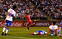 SANTIAGO DE CHILE-CHILE, 10-03-2020: Matias Pisano de America de Cali, celebra el segundo gol anotado a Universidad Catolica, durante partido de la fase de grupos, grupo E, fecha 2, entre Universidad Catolica (CHL) y America de Cali (COL) por la Copa Conmebol Libertadores 2020, en el estadio San Carlos de Apoquindo, de la ciudad Santiago de Chile. / Matias Pisano of America de Cali, celebrates the second scored goal to Universidad Catolica, during a match of the groups phase, group E, 2nd date, between Universidad Catolica (CHL) of America de Cali (COL) for the Conmebol Libertadores Cup 2020, at the San Carlos de Apoquindo in Santiago de Chile. / Photo: VizzorImage / Andres Pina / Photosport / Cont.