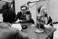 ARCHIVE - Radio Canada - entrevue <br />  (date inconnue, entre 1967 et 1972)<br /> <br /> Photo : Agence Quebec Presse  - Alain Renaud