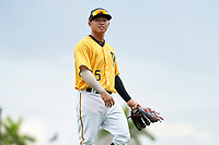 FCL Pirates Gold second baseman Tsung-Che Cheng (5) during a game against the FCL Rays on July 26, 2021 at LECOM Park in Bradenton, Florida. (Mike Janes/Four Seam Images)