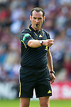 Hearts v St Johnstone...14.08.10  .Ref Stevie O'Reilly.Picture by Graeme Hart..Copyright Perthshire Picture Agency.Tel: 01738 623350  Mobile: 07990 594431