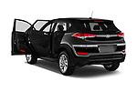 Car images of 2018 Hyundai Tucson SE 5 Door Suv Doors