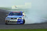 Round 10 of the 2002 British Touring Car Championship. #111 Aaron Slight (NZ). Barwell Motorsport. Vauxhall Astra Coupé.