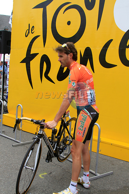 Olympic Champion Samuel Sanchez (ESP) Euskaltel-Euskadi at sign on before the start of Stage 2 of the 99th edition of the Tour de France 2012, running 207.5km from Vise to Tournai, Belgium. 2nd July 2012.<br /> (Photo by Eoin Clarke/NEWSFILE)