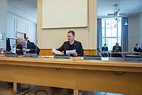"""2. Sitzung des Untersuchungsausschuss """"Gedenkstaette Hohenschoenhausen"""" des Berliner Abgeordnetenhaus am Dienstag den 12. Mai 2020.<br /> Der Untersuchungsausschuss wurde eingesetzt um sich """"mit moeglichen Ursachen, Konsequenzen und der Verantwortung fuer mutmassliche Fehlentwicklungen an der """"Gedenkstaette Berlin-Hohenschoenhausen"""" in der 17. und 18. Wahlperiode"""" zu befassen. Der damalige Leiter der Gedenkstaette, Hubertus Knabe, war 2019 entlassen worden, nachdem sich mehrere Mitarbeiterinnen ueber sexuell uebergriffiges Verhalten des Leiters und anderen Vorgesetzter oeffentlich geaeussert hatten.<br /> Als Zeuge fuer die Sitzung war der Kultursenator Dr. Klaus Lederer (Linkspartei) geladen (Im Bild).<br /> 12.5.2020, Berlin<br /> Copyright: Christian-Ditsch.de<br /> [NUR FUER REDAKTIONELLE ZWECKE! Werbung nur auf Anfrage beim Fotografen. Inhaltsveraendernde Manipulation des Fotos nur nach ausdruecklicher Genehmigung des Fotografen. Vereinbarungen ueber Abtretung von Persoenlichkeitsrechten/Model Release der abgebildeten Person/Personen liegen nicht vor. NO MODEL RELEASE! Don't publish without copyright Christian-Ditsch.de, Veroeffentlichung nur mit Fotografennennung, sowie gegen Honorar, MwSt. und Beleg. Konto: I N G - D i B a, IBAN DE58500105175400192269, BIC INGDDEFFXXX, Kontakt: post@christian-ditsch.de<br /> Bei der Bearbeitung der Dateiinformationen darf die Urheberkennzeichnung in den EXIF- und  IPTC-Daten nicht entfernt werden, diese sind in digitalen Medien nach §95c UrhG rechtlich geschuetzt. Der Urhebervermerk wird gemaess §13 UrhG verlangt.]"""