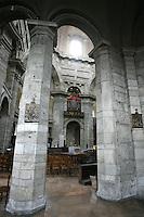 Veduta interna della Basilica di San Lorenzo Maggiore, con la sua cupola ottagonale, a Milano.<br /> Interior view of San Lorenzo Maggiore's Basilica in Milan, with its octagonal dome.<br /> UPDATE IMAGES PRESS/Riccardo De Luca