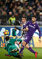 Calcio, Serie A: Fiorentina - Juventus, stadio Artemio Franchi Firenze 9 febbraio 2018.<br /> Juventus' Mario Mandzukic (l) with Fiorentina's goalkeeper Marco Sportiello (r) and Marco Benasssi (c) during the Italian Serie A football match between Fiorentina and Juventus at Florence's Artemio Franchi stadium, February 9, 2018.<br /> UPDATE IMAGES PRESS/Isabella Bonotto