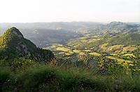 Grizzana Morandi (Bologna). Veduta dal monte Montovolo sulla Valle del Reno verso Vergato --- Grizzana Morandi (Bologna). View from mount Montovolo over the Reno valley towards Vergato