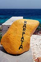 Yellow stone for dive spot Karpata, Netherland Antilles, Bonaire, Caribbean Sea, Atlantic