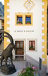 Switzerland, Canton Valais, Evolène: village at valley Val d'Hérens - museum | Schweiz, Kanton Wallis, Evolène: Dorf im Val d'Hérens (Eringertal) - Museum