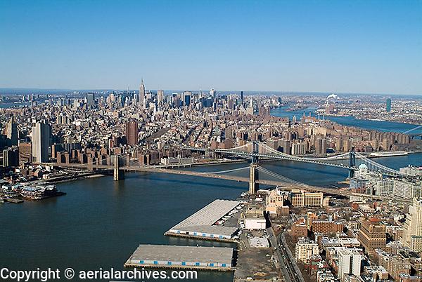 aerial photograph East River, Brooklyn, Manhattan New York City