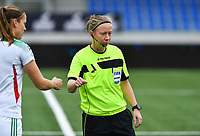 referee Lois Otte pictured during a female soccer game between Club Brugge Dames YLA and Oud Heverlee Leuven on the 8 th matchday of the 2020 - 2021 season of Belgian Scooore Womens Super League , saturday 21 th November 2020  in Knokke , Belgium . PHOTO SPORTPIX.BE | SPP | DAVID CATRY