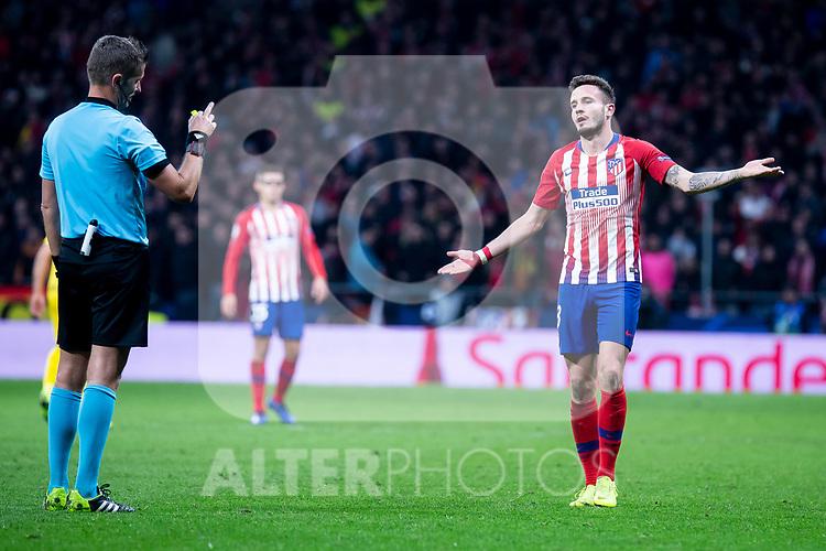 Atletico de Madrid Saul Niguez talking to referee during group stage of UEFA Champions League match between Atletico de Madrid and Borussia Dortmund at Wanda Metropolitano in Madrid, Spain.November 06, 2018. (ALTERPHOTOS/Borja B.Hojas)